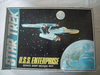 Vintage 1968 AMT Star Trek USS Enterprise Model Kit Spock Kirk McCoy
