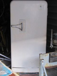 vintage refrigerators in Collectibles