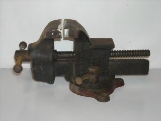 Vintage Columbian Hardware Co No.143 1/2 Woodworking Bench Vise Tool