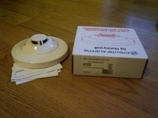 Fire Lite by Honeywell H355 135°F Fixed Temp Heat Detector with