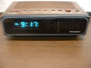 PANASONIC ALARM CLOCK RADIO RC 66 BLUE DIGITAL DISPLAY WORKS NICE