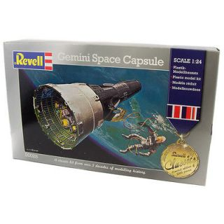 SPACE  Gemini Space Capsule REVELL model kit made in 2012