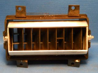 73 87 CHEVY GMC PICKUP TRUCK SUBURBAN BLAZER DRIVER SIDE DASH AIR VENT