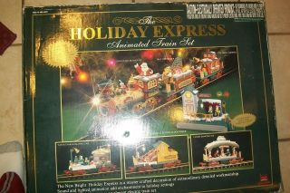 NEW BRIGHT HOLIDAY EXPRESS 387 TRAIN SET SLIGHTLY USED