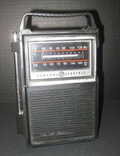 General Electric GE Two Way Power AM/FM Vintage Radio
