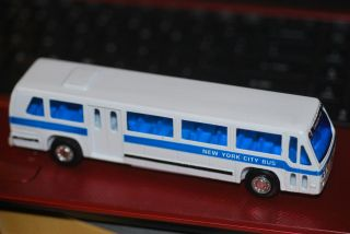 Rare New York City Bus   Union Square   GM/Nova Bus/Millenium ​JUL