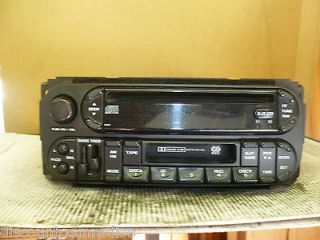 02 06 Dodge Chrysler Jeep 22 pin Radio Cd Cassette Player P56038555AJ