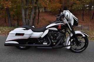 Harley Davidson  Touring 2012 STREET GLIDE CUSTOM **STUNNING** $14K