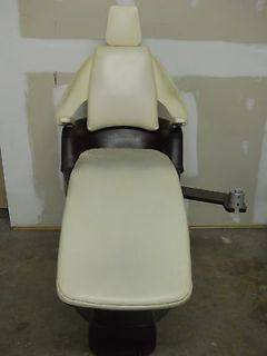 Royal Acceptable Dental Chair (All Functional) Used Dental Equipment