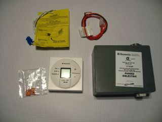 Dometic Single Zone LCD Thermostat / Control Kit   White   3313191