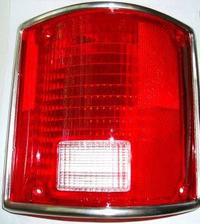 1973 1987 Chevy Truck right tail light 1973 1991 Suburban Blazer Jimmy