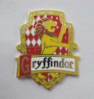 NEW* Gryffindor enamel badge.Harry Potter,J K Rowling