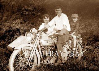 VINTAGE HARLEY DAVIDSON SIDECAR MOTORCYCLE PHOTO FAMILY MAN  BABY