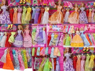 Wow  30 items vintage barbie doll toy story clothes dresses shoes