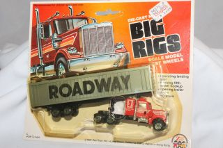 Zee Toys Big Rigs, Roadway Semi Truck, Cab Variation, Mint on Card