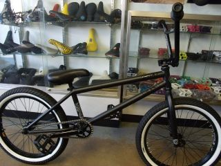 KINK BIKES TONY HAMLIN BLACK 2013 BMX BIKE  FREE 2 BMX POSTERS