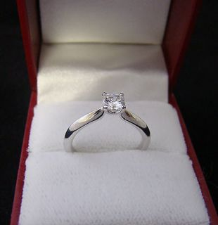 New HEARTS ON FIRE 18K White Gold Radiant Cut Diamond ADORATION Ring