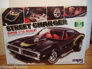MPC 768/06 DODGE CHARGER Super Street Machine 1/16 Scale Model Kit