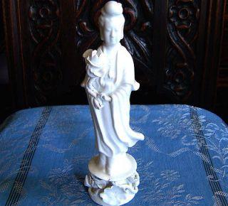 porcelain kwan yin statue in Kwan yin
