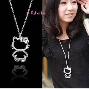 SILVER HELLO KITTY LARGE WHITE CLEAR CRYSTAL BOWKNOT PENDANT NECKLACE