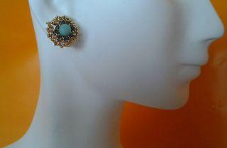 NEW STELLA & DOT Marchesa Studs Earrings Gorgeous w Card Gift Box