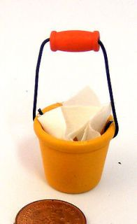 12 Scale Bucket And Cloth Dolls House Miniature Garden Accessory 220