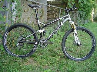 trek fuel mountain bike in Mountain Bikes