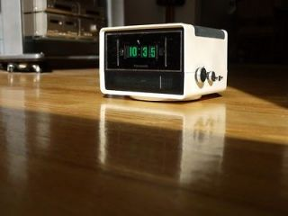 Panasonic Vintage Clock Radio Eames Danish