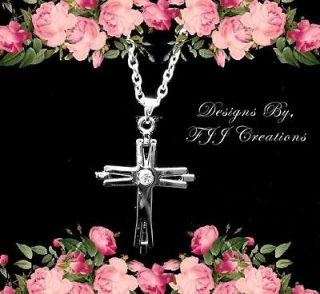 FAMILY~IN LAW~FRIENDS~CR​OSS~NECKLACE POEM JEWELRY~*FREE GIFT BOX