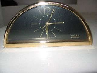 linden mantel clock in Clocks