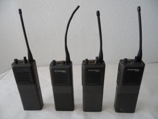 Lot of 4 Motorola MT1000 H44GCU7100BN Handie Talkie UHF Radios