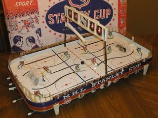 1965 EAGLE TOYS STANLEY CUP ANTIQUE TIN TABLE HOCKEY GAME COLLECTORS