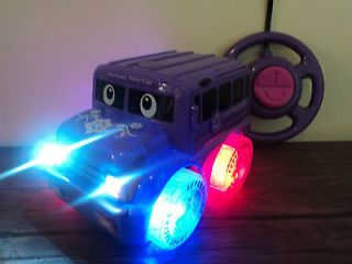 POLICE BUS RADIO REMOTE CONTROL CAR LED FLASHING WHEEL LIGHTS GIRLS