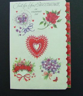 D304  Vintage Unused Valentines Day Greeting Card Rose & Lilacs