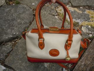 DOONEY BOURKE WHITE LEATHER HAND BAG ~ VINTAGE ~ VERY RARE ~ DBLE FLAP