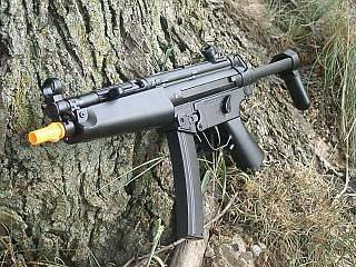 Auto Electric Airsoft Gun MP5J With Rechargeable Battery and Charger