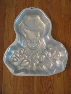 Wilton Dragon Cake Pan