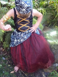 NEW GIRLS PIRATE FAIRY DRESS UP COSTUME 3 11 YEAR OLD