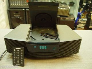 Bose Wave Radio AM/FM CD Player/Alarm Clock AWRC1G + Remote Control