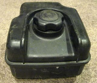 Briggs Stratton Fuel Gas Tank in Parts & Accessories