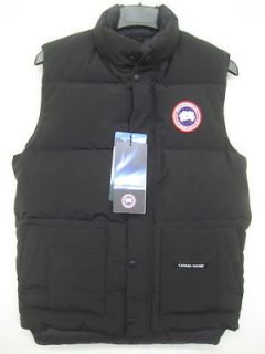 Canada Goose Jacket in Mens Clothing