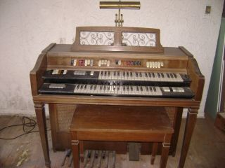 Conn Organ minute model 542