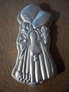 HOLLY HOBBIE CAKE PAN mold 1975 American greetings 17 long