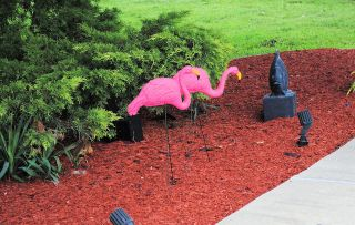 Lot of 12 Pink Flamingos Lawn Yard Ornament 3 Dimensional
