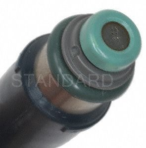 Standard Motor Products FJ985 Fuel Injector