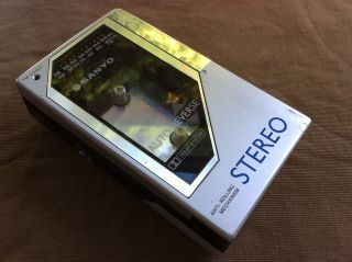 Portable Sanyo Stereo M G98D Stereo Radio Cassette Player Walkman
