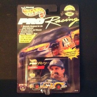 1998 HOT WHEELS PRO RACING #44 KYLE PETTY PONTIAC GRAND PRIX DIE