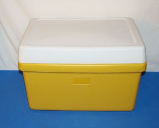 vintage 1976 COLEMAN Picnic Beer / Ice / Soda COOLER yellow/white