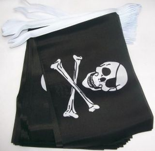18m (18x12) 30 Flag Skull & Crossbones Pirate Jolly Roger Bunting