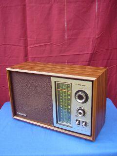 Vintage Panasonic AM FM Portable Radio Model RE 6286 Made in Japan